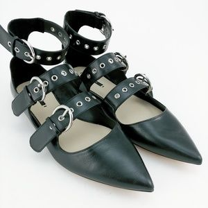 Zara Black Leather Buckle Flat Sandals 40 10